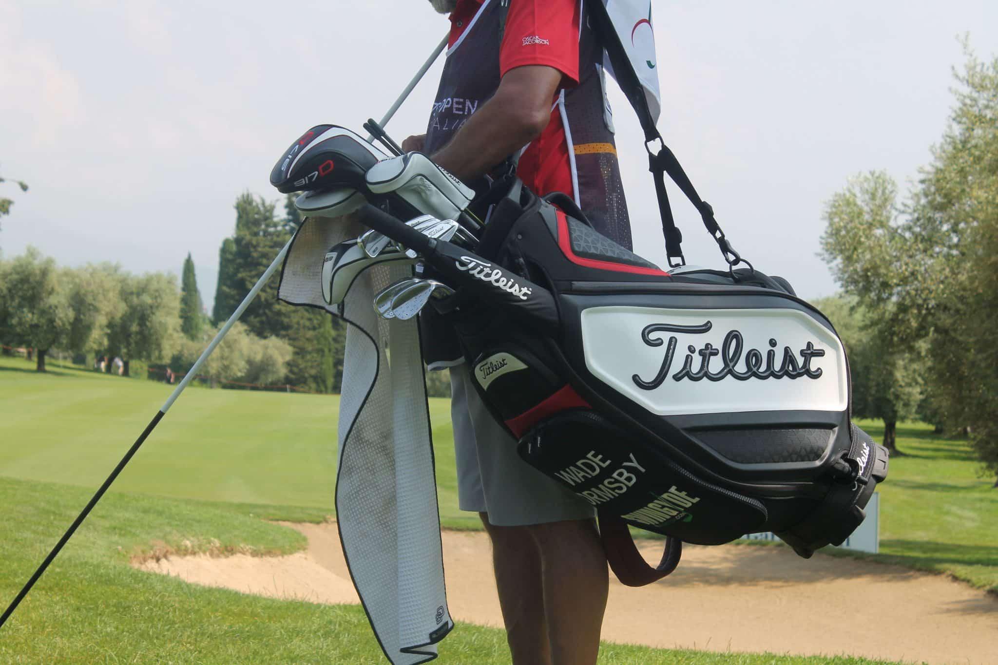 Wade Ormsby golf bag