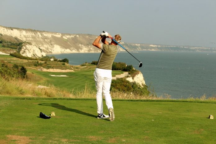 Breathtaking tee shot at Thracian Cliffs, Kavarna